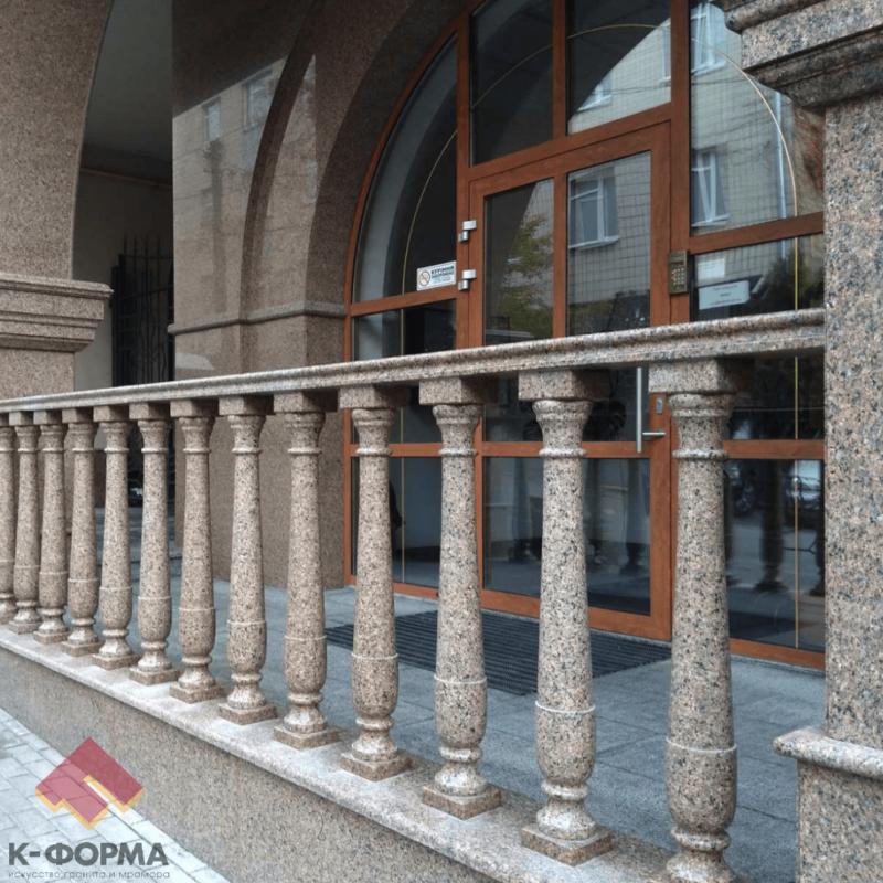 Реставрация гранитного фасада