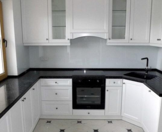 Робоча поверхня для кухні